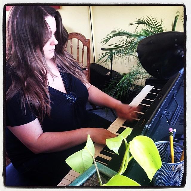 Devri Hughan, Piano Instructor at Grace Note Music Studio